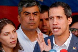 Contraloría de Venezuela inicia auditoria a Juan Guaidó
