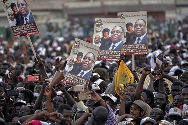 Senegal: Economía crece con pocos beneficios sociales