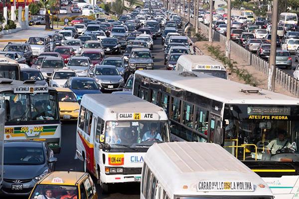 ¿Cuál es la reacción del gobierno ante paro anunciado de transportistas?