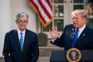 Donald Trump invita a Jerome Powell a cenar
