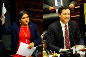 Karina Beteta formaliza denuncia contra Daniel Salaverry