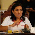 Investigan denuncia penal contra ministra de Educación