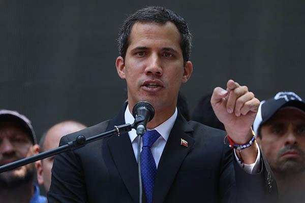 Guaidó pide a la UE sanciones económicas contra el régimen de Maduro