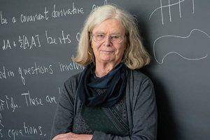 "Karen Uhlenbeck, primera mujer que gana el ""Nobel"" de matemáticas"