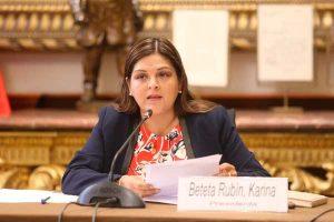 Comisión de Ética pide información a Karina Beteta sobre supuesta agresión