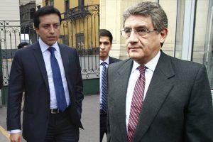 Gilbert Violeta y Juan Sheput solicitan licencia temporal a la bancada PpK