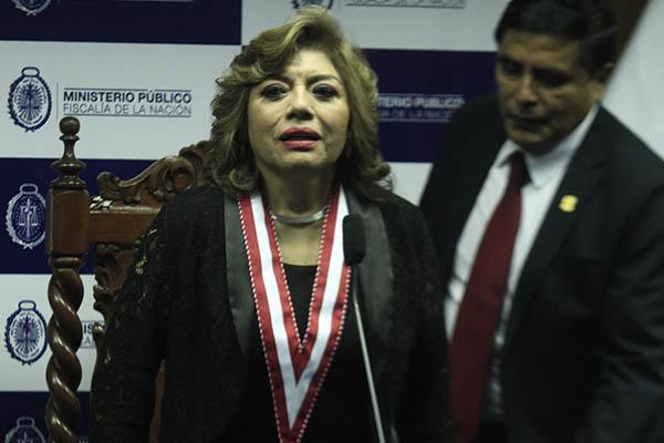 Fiscal Ávalos debe priorizar casos de Humala y Villarán