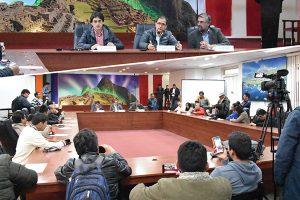 Gobernador del Cusco condiciona diálogo a liberación de detenidos