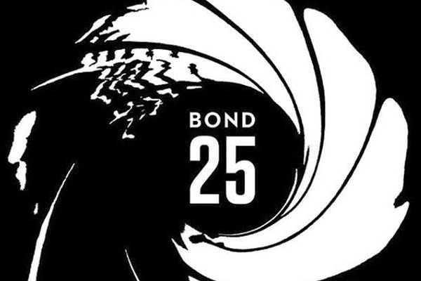 """""""Bond 25"""" comenzará su acción en Italia"""