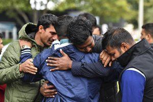 Christchurch llora a 50 muertos entre el desconcierto y el horror