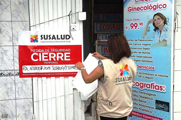 Cierran 19 centros de salud informales en siete distritos