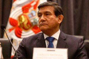 Pensionistas de la PNP arremeten contra Carlos Morán