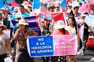 Llaman a paro nacional contra enfoque de género
