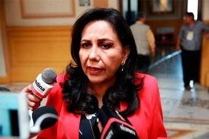 "Gloria Montenegro: ""En ningún momento he faltado a la ley"""