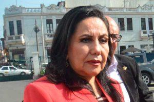 Ministra Gloria Montenegro en 'mamanivideos'