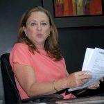 León se ratifica en propuesta de nuevo ministerio