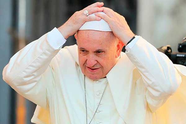 Papa lamenta venta de armas para la guerra