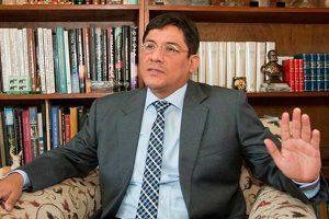 Denuncian injerencia de ONG en querella contra Pedro Salinas