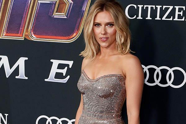 Marvel no suelta a Scarlett Johansson