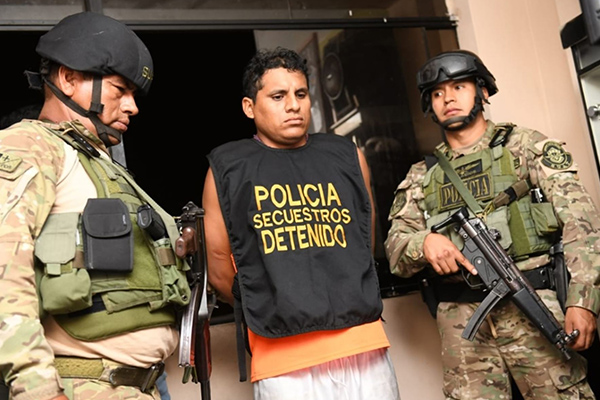 Desbaratan red criminal que cobraba cupos en Gamarra