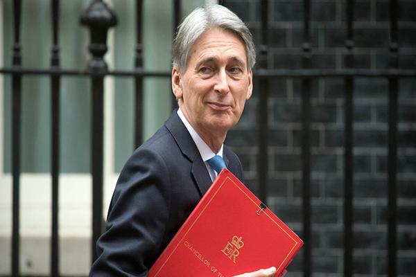 "Hammond ve ""muy probable"" otro referendo sobre brexit"