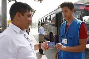 Postergan el pago electrónico en buses de Corredor Morado