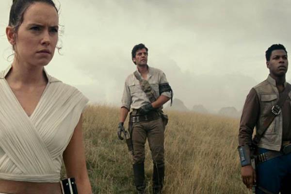 """""""Star Wars: The Rise of Skywalker"""", primer avance [VIDEO y AFICHE]"""