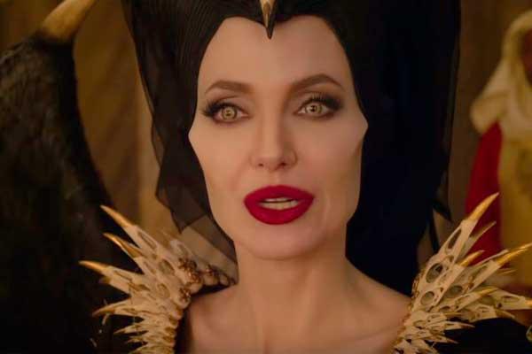 Angelina Jolie vuelve más mala en «Maléfica 2» [VÍDEO]