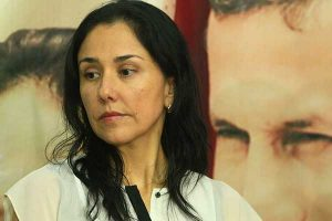 Evaluarán si Nadine Heredia podrá salir del país