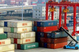 """Pekín """"considera seriamente"""" restringir la exportación de tierras raras"""