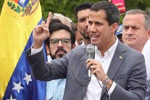 Guaidó insiste en cooperación militar para derrotar a Maduro