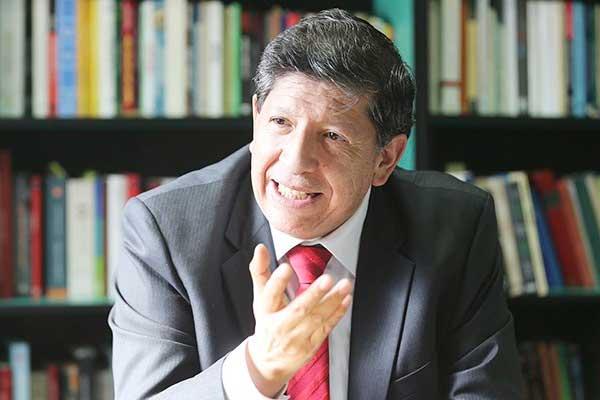 Carlos Ramos: «Es recomendable que se suspenda el proceso de selección de magistrados del TC»