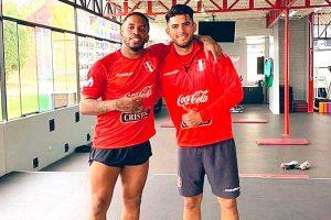 Carlos Zambrano sería la gran novedad en el once titular de la selección peruana
