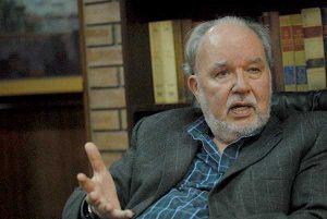 """Domingo García Belaunde: """"Que Vizcarra renuncie o que lo vaquen por incompetente"""""""