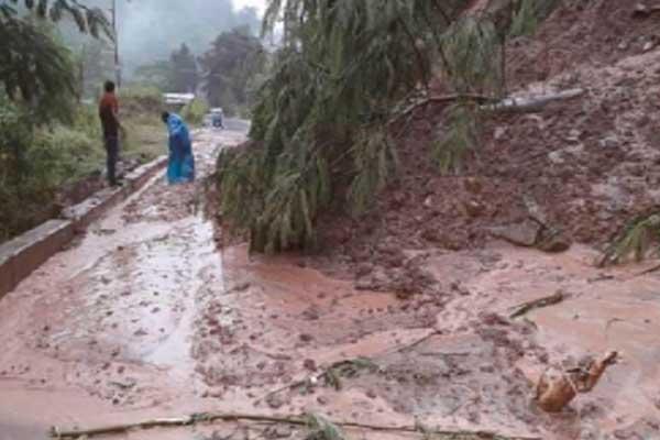 Declaran en emergencia Arequipa y Pasco por las intensas precipitaciones pluviales