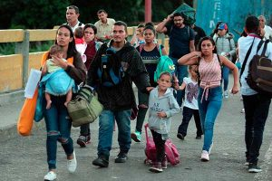 Venezuela reactiva paso fronterizo con Colombia
