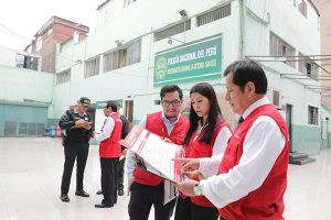 Contraloría General verifica servicios de 624 comisarías
