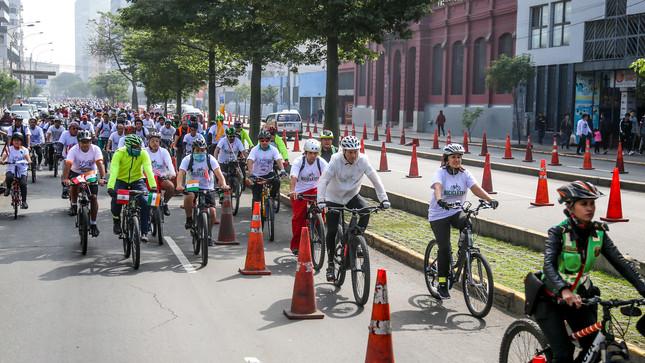Todo lo que debes saber sobre las normas de tránsito para el uso de bicicleta