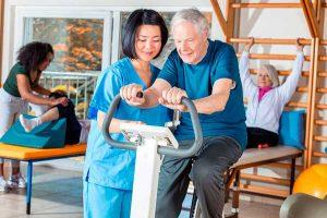 Conozca los 5 ejercicios que puedes realizar para aliviar la osteoartrosis