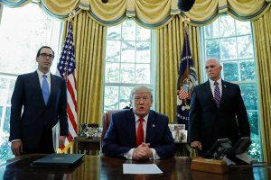 Trump impone sancionesa Irán y al ayatolá Jameini