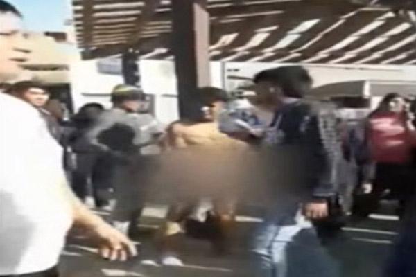 VMT: Capturan y linchan a ladrones que intentaron asaltar a una mujer