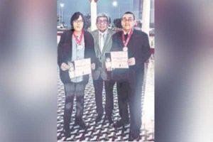 """Periodista y sociólogo Raúl Allaín recibió """"Premio mundial a la excelencia cultural"""""""