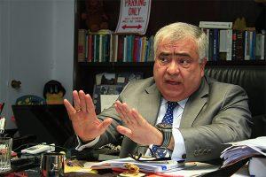 Constitución permite que Vizcarra renuncie
