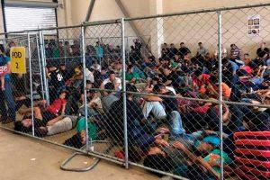 Michelle Bachelet consternada por trato a inmigrantes
