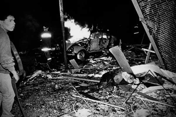 #TerrorismoNuncaMás: ¿qué tragedia conmocionó al país?