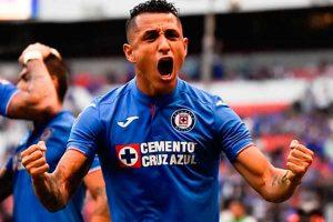Yoshimar Yotún se corona campeón de la Supercopa de México [FOTOS]
