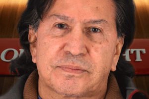 Alejandro Toledo seguirá bajo arresto hasta su extradición