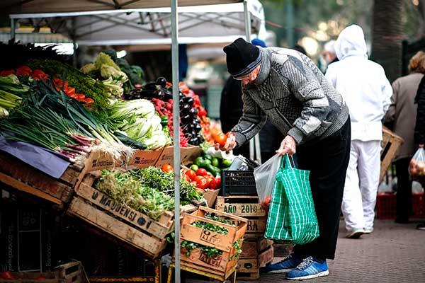 Mauricio Macri anuncia medidas para paliar efectos de caos económico