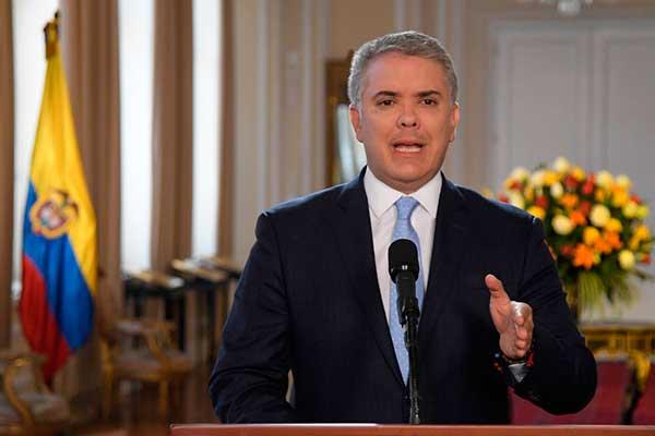 Duque acusa a Maduro por rebrote de las FARC