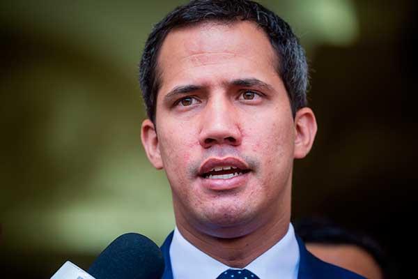 Juan Guaidó admite que sabía de los contactos entre EEUU y el Gobierno venezolano